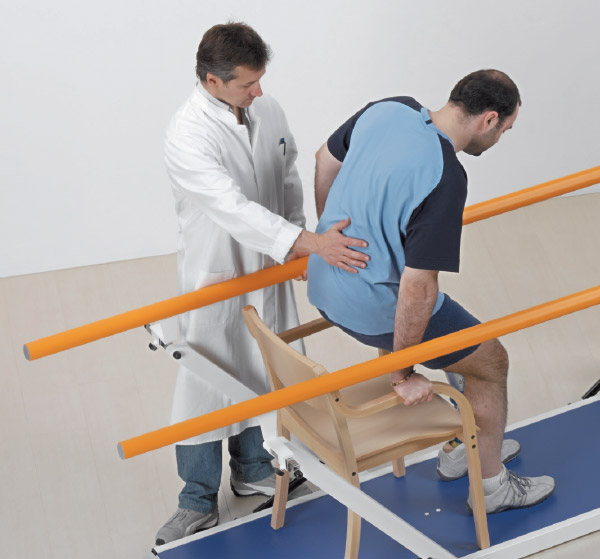 Returning to a seated position by parallel bars adjustment